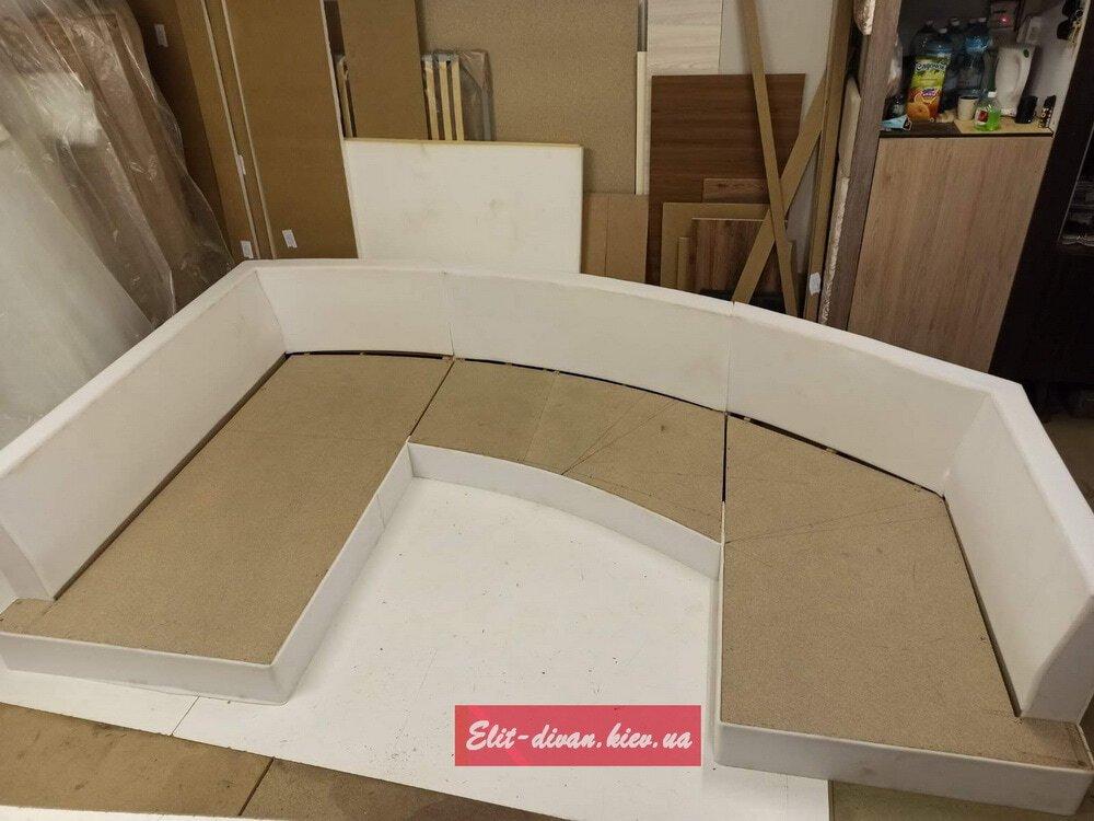 процесс изготовления нестандартной мягкой мебели