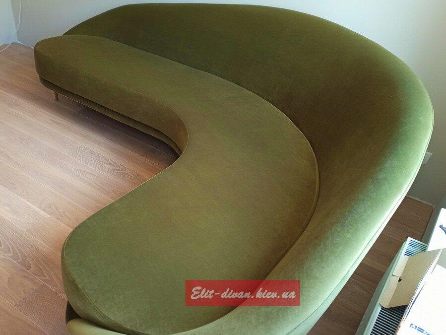 круглый Дизайнерская диван горчишного цвета