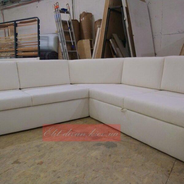 Угловой белый диван со спальным местом под заказ в Киеве