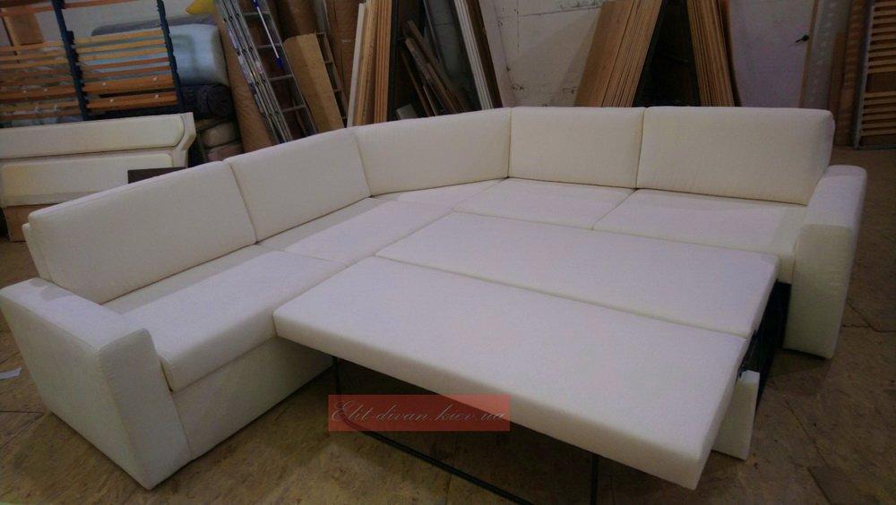 белый Угловой диван со спальным местом фото