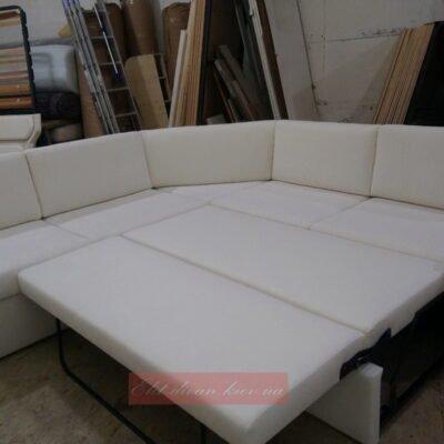 большой белый диван со спальным местом на заказ