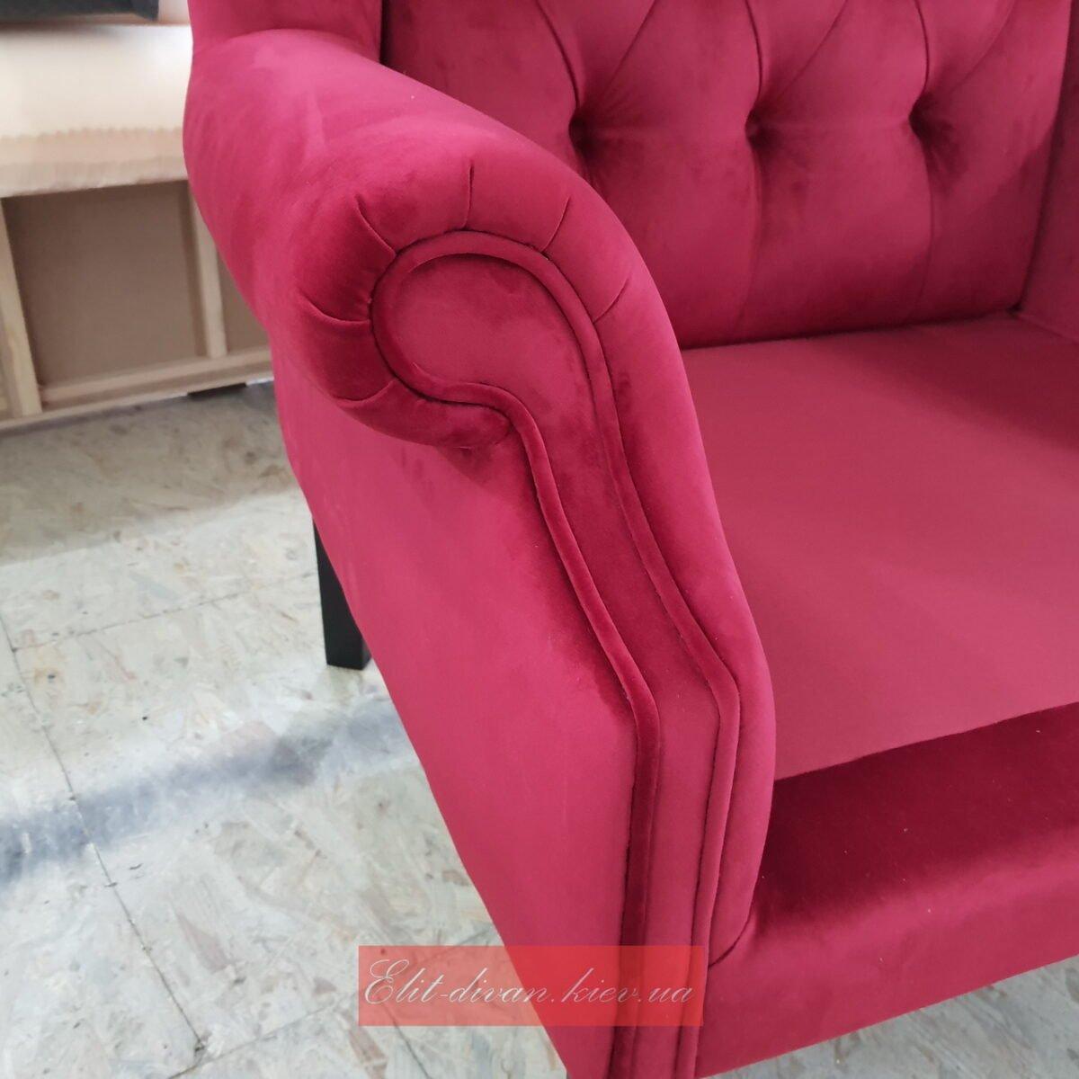 красное кресло в английском стиле на заказ